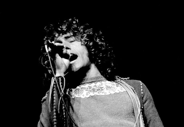 """greyly-outrageous: """"Roger Daltrey at the Rainbow Theatre 1972 © Chris Walter """""""
