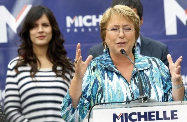 Bachelet y Camila vallejos