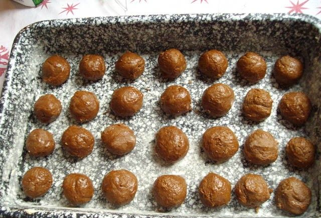 Vynikající tvarohový zákusek s kakaovými kuličkami. Jednoduchý a chutný zároveň. Mňamka!