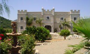 Dragoo Castle - Escondido, California