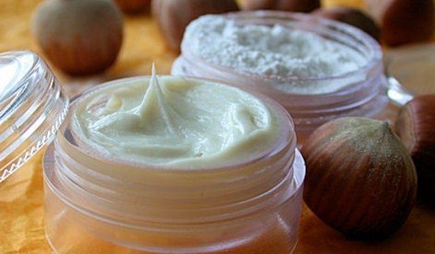 Cremas para quitar manchas: Recetas caseras. Acaba con las antiestéticas manchas de tu rostro con las siguientes cremas antimanchas que tú misma puedes hacer.