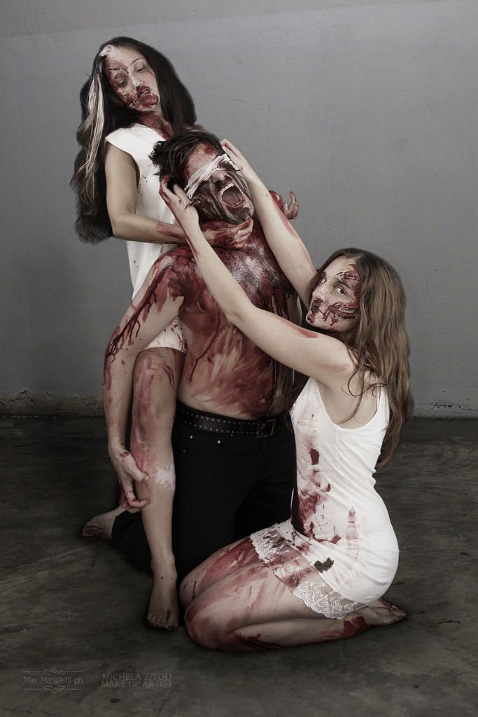 """SUPPLICE PT II ⚠ Halloween Photography Session ⚠ """"You Suffer / You scream / Your God won't save you."""" [Pimeydentuoja - To Rot With Archangels - Black Goat Psalm] PH: Max Marsiglietti MAKEUP: Michela Zitoli MODELS: Serena, Antonio, Federica ASS: Igor #horror #blood #halloween"""