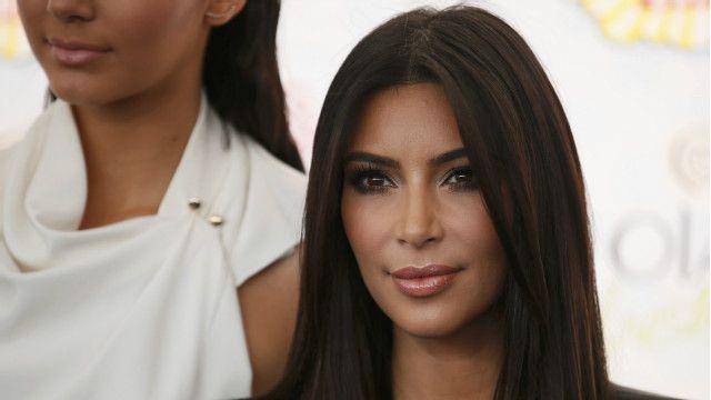 В интернете появились новые фотографии знаменитостей в обнаженном виде. Среди них оказались Ким Кардашьян, актриса Ванеса Хаджинс и вратарь национальной женской сборной США по футболу Хоуп Соло.