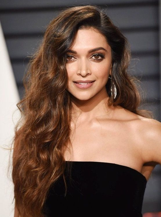 Deepika Padukone attends the 2017 Oscar after Party