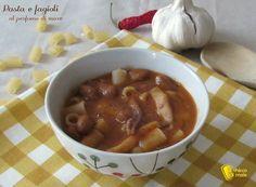 PASTA E FAGIOLI AL PROFUMO DI MARE #pasta #fagioli #zuppa #bean #soup #seafood #pesce #italia #italy #italianfood #ricetta #recipe #ilchiccodimais http://blog.giallozafferano.it/ilchiccodimais/pasta-e-fagioli-al-profumo-di-mare-ricetta-di-pesce/