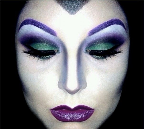 Make up da strega di Halloween - Sopracciglia viola da strega