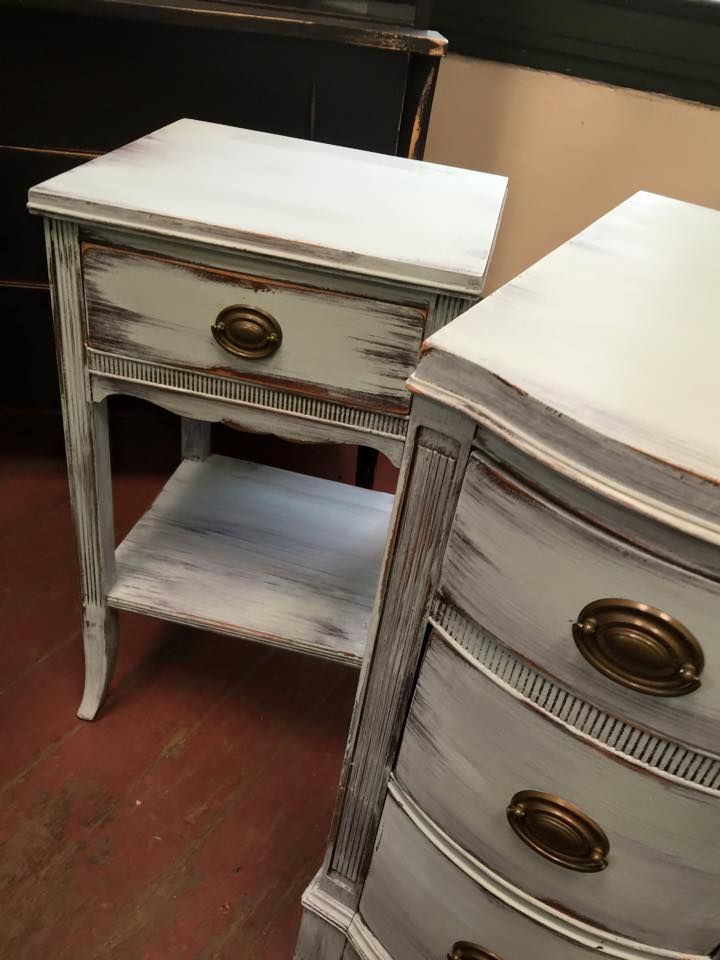Shabby distressed dresser and end table! Always new painting tips, new junk money chalk paint colors, and DIY projects at styleshabby.com!