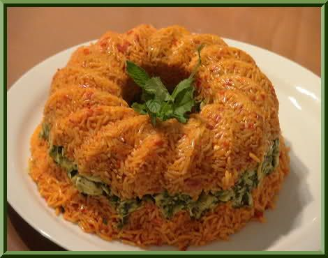 Koτόπουλο με κόκκινο ρύζι