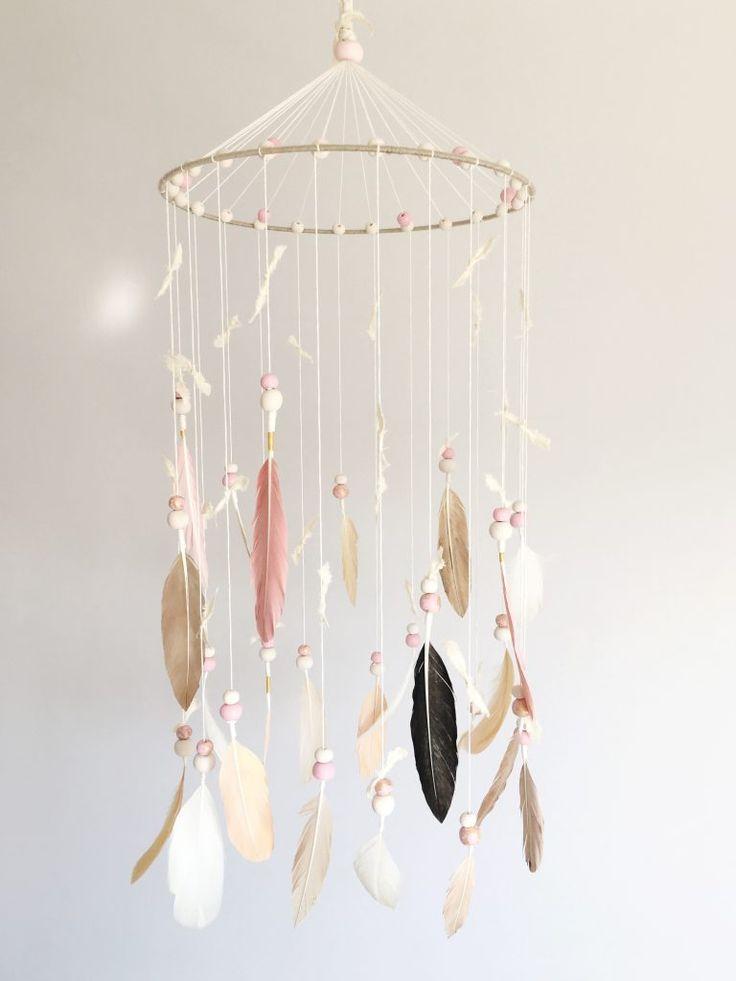 DIY Nursery Mobile Tutorial von Melanie von Nestworthy   – chambre bb2