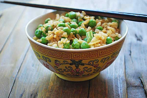 Ginger brown rice with peas, onions and garlic :) yummo