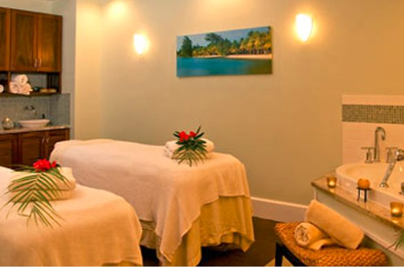 La Mer Spa, located on-site at the Marriott Grand Cayman, offers a variety of relaxing massages and treatments!