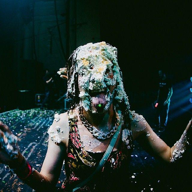 Steve Aoki Caking | Pied Girls | Pinterest | Steve aoki ...
