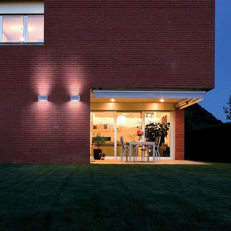 FLASH - Wall spotlight, ideal for the lighting of arcades, exterior walls, corridors, entrances. #LED #light_e_design #design #illumination #lamp #lightdesign #outdoor #lighting #lamp #pendant #iluminacion #decor #home #decoracion #lampara