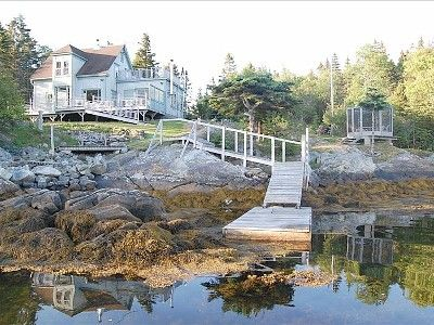VRBO.com #393316ha - Stunning Oceanfront Island Home. Secluded Cove Near Lunenburg. Car-Accessible