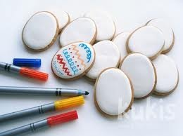 My kids love doing this...edible marker cookies (I need to keep it to a minimum because I love them, too!).