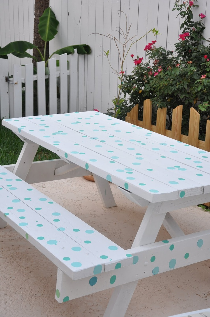 811 best garden picnic tables images on pinterest 40 years benches and building homes. Black Bedroom Furniture Sets. Home Design Ideas