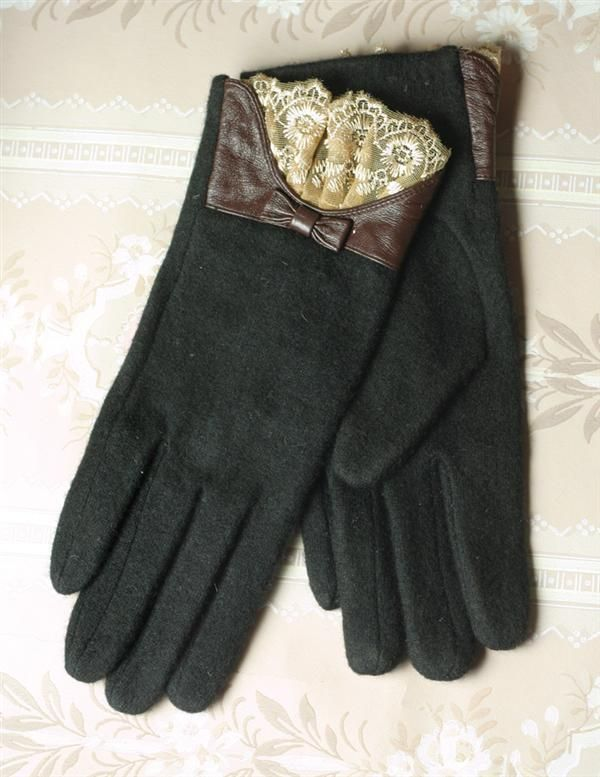 CASHMERE & KIDSKIN GLOVES - Women's Black Wool Gloves