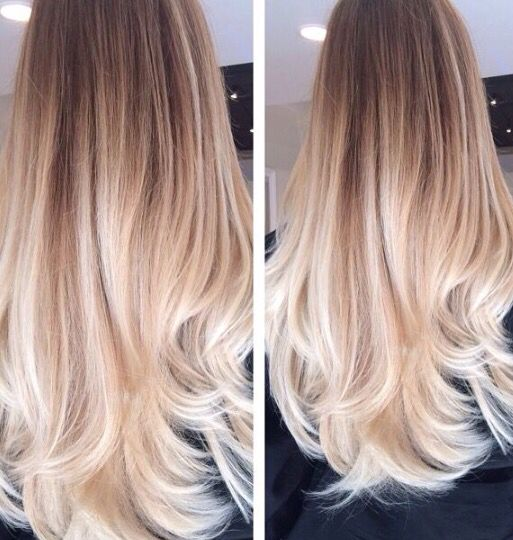 Dip dye long light blonde Hair