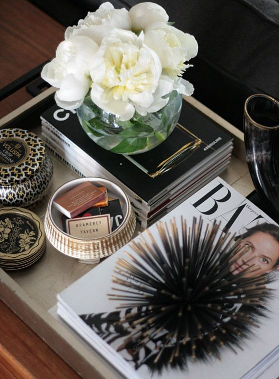 coffee table... vignette styling... trays... flowers
