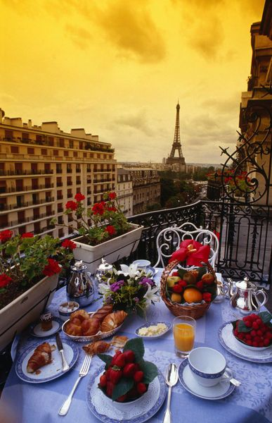 Breakfast at Plaza Athenee, Paris
