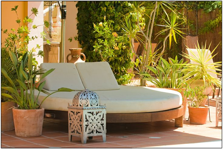 Consejos para elegir modelo de cama balinesa http://www.fiaka.es/blog/cama-balinesa-dosel-circular-cuadrada/