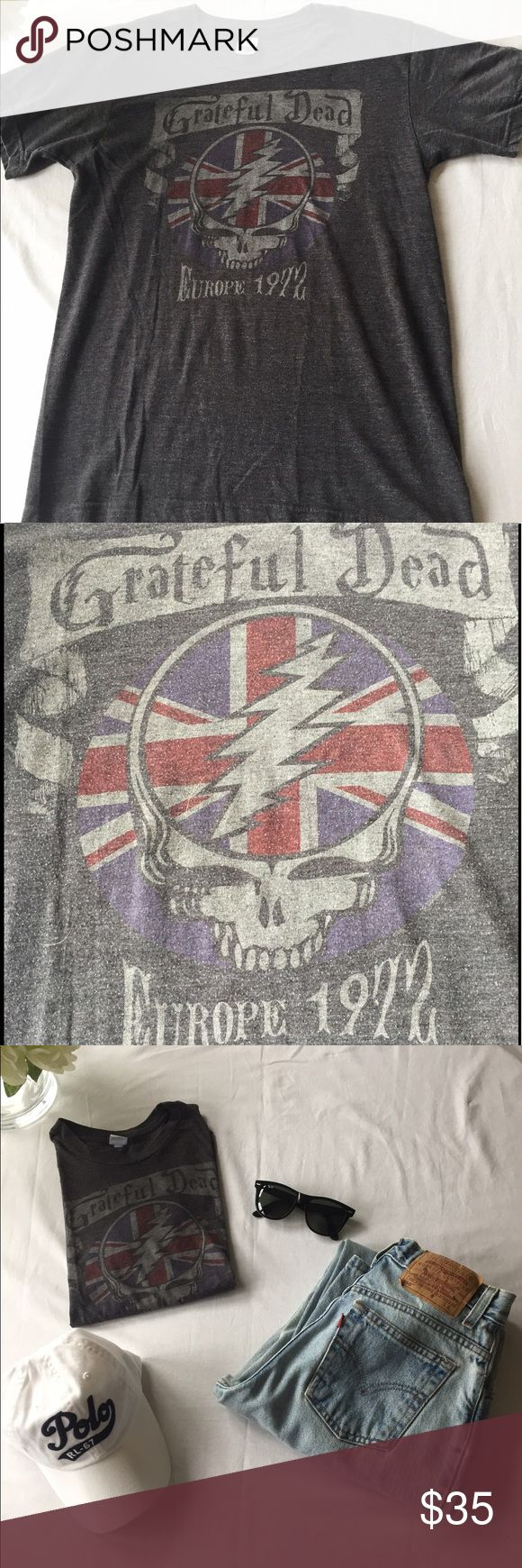 Rocker Tee Chic! Grateful Dead Europe 72' Vintage! Rocker Tee Chic! Grateful Dead Europe 72' Vintage! Size woman's small! Look rocker chic with jeans and some dark sunglasses! Tops Tees - Short Sleeve