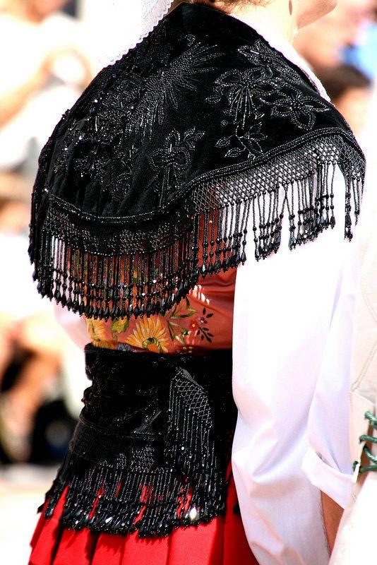 Traje de Llanisca Asturias,Detalles Danza del Portal 2014