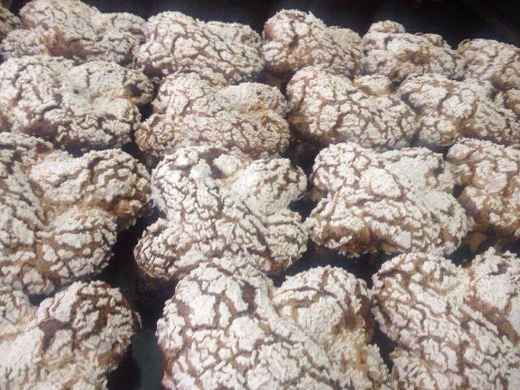 biscottificio innocenti, bontà biscotto biscotti dolce dolci pasticceria goduria cookie cookies forno sweet mignon cioccolato choco chocolate love food biscuit biscuits, Trastevere, Colomba di PASQUA EASTER, colombe