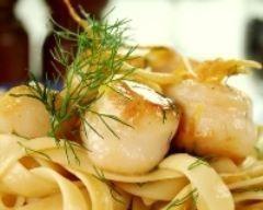 Tagliatelles aux noix St Jacques, sauce curry (facile, rapide) - Une recette CuisineAZ
