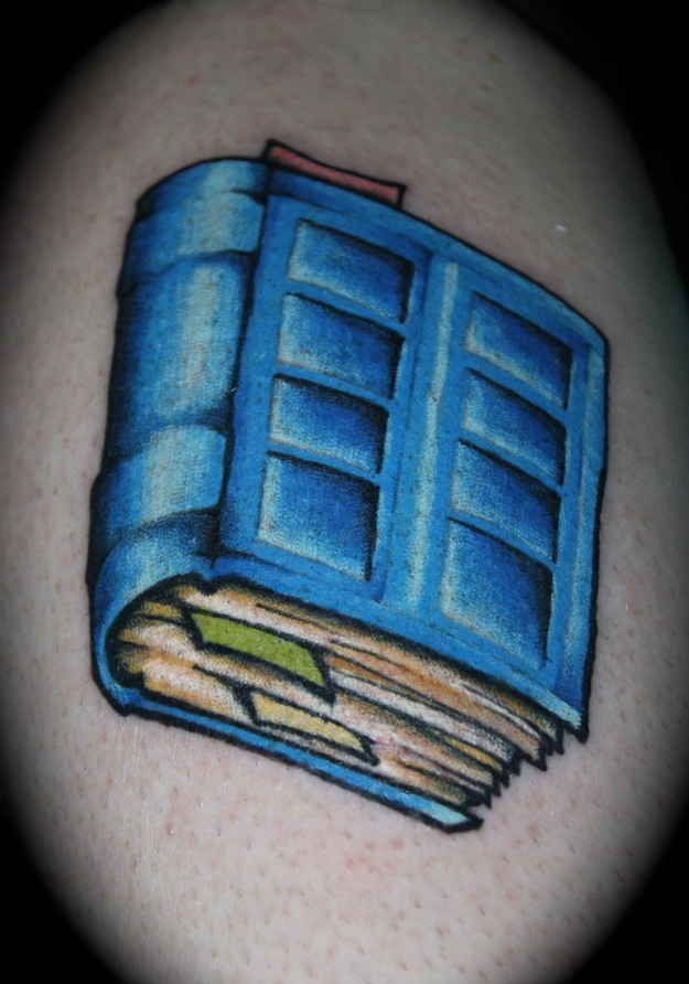 "This combines Doctor Who AND books! Score!!  ... 50 Fantastic ""Doctor Who"" Tattoos - BuzzFeed"