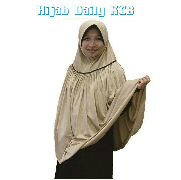 Hijab Instan Daily KCB Bahan Hyget Sutra variasi warna: coklat susu, maroon, salem, ungu manggis dan biru dongker
