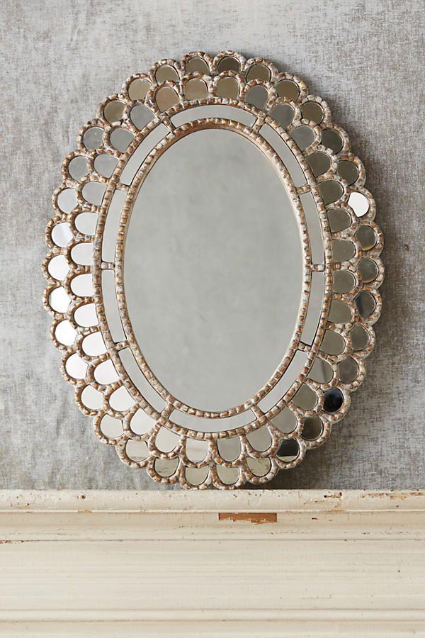 chemisette mirror