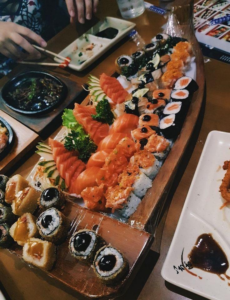 Pin af Carina Cederkof Jessen på Sushi i 2020