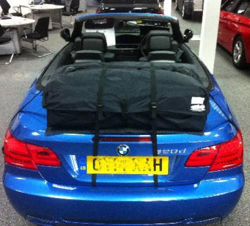 Die Alternative zu einem Gepäckträger für lhren BMW 3 er Cabrio.Hinzufügen von Wasserdicht 50 Liter Gepäckraum