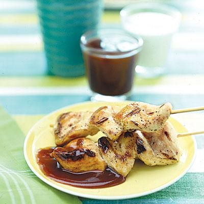 Grilled chicken skewers really don't need much more than olive oil, salt and pepper to reach perfection. #recipe