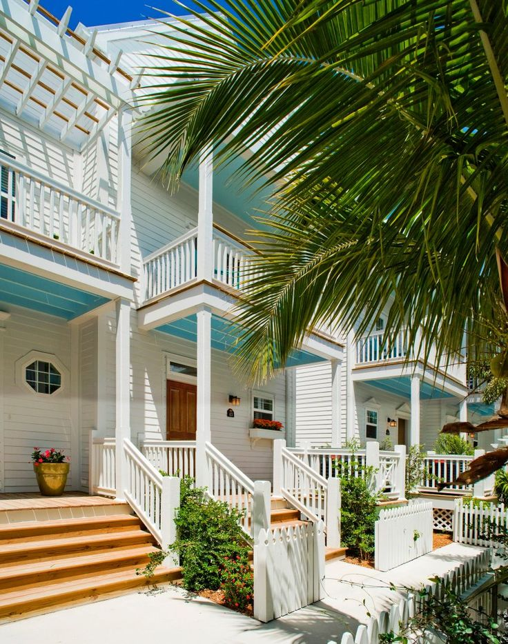 Suites in Key West | Hotel Rooms in Key West | Parrot Key Resort