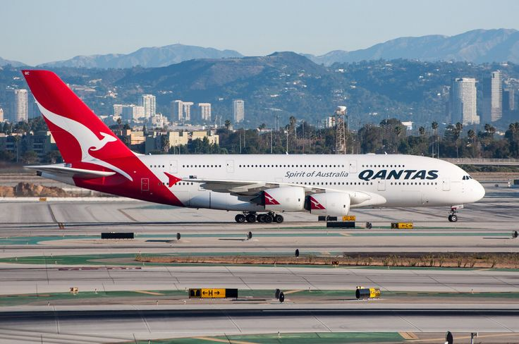 Qantas A380 heading to TBIT at LAX after arriving from MEL on September 25, 2017.