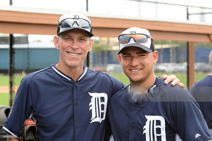 LAKELAND, FL - MARCH 01: <3 Former Detroit Tigers shortstop Alan Trammell <3(L) and current shortstop Jose Iglesias #1 pose for a photo during the Detroit Tigers Spring Training workouts at the TigerTown Facility on March 1, 2015 in Lakeland, Florida. (Photo by Mark Cunningham/MLB Photos via Getty Images) VOTE ALAN TRAMMELL INTO THE HALL OF FAME