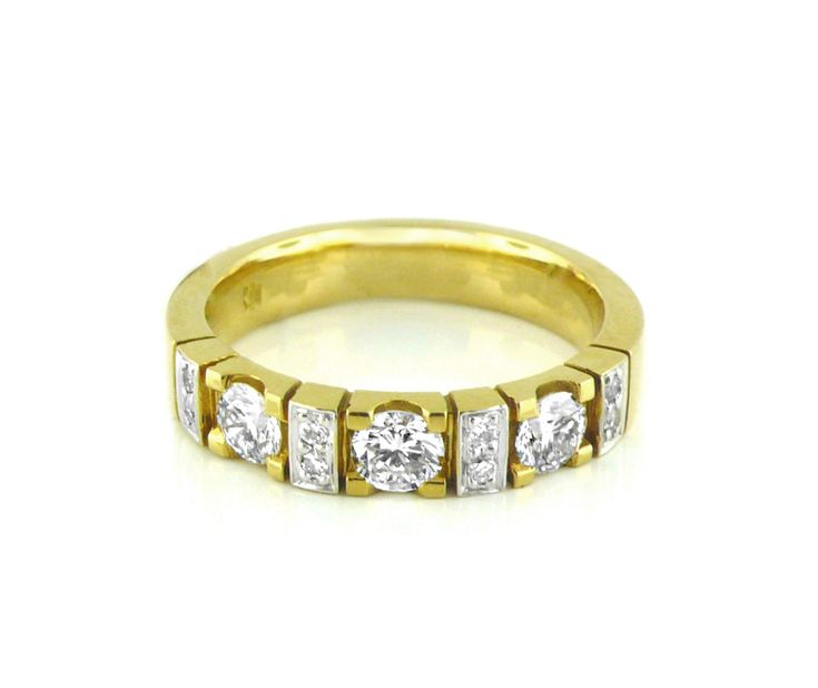 An 18ct Yellow Gold and Diamond Eternity Ring