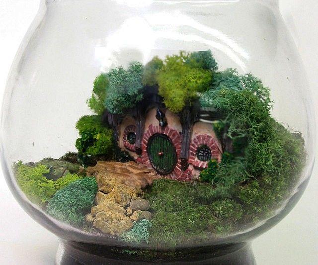 LOTR Hobbit Terrarium - https://interwebs.store/lotr-hobbit-terrarium/ #LordOfTheRings