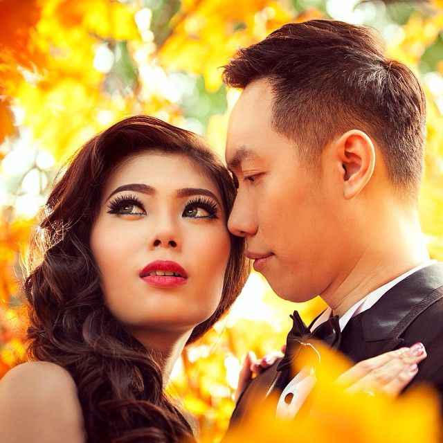 Your eyes store back at me, I find reflected what I feel , for Love ❤ is what I see ... @dickynjato @cecilliaangellia . . Photo by @andy_chandra @iclickphotograph  Makeup & Hair do by @jengkyjasonmakeup . . #prewedding #dickycecilprewedding #gorgeous #jengkyjasonmakeup #love #intimacy #beauty #instawedding #iclickphotograph