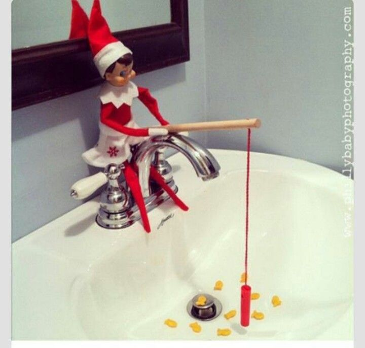 Elf on a Shelf - Fishing for Goldfish Crackers