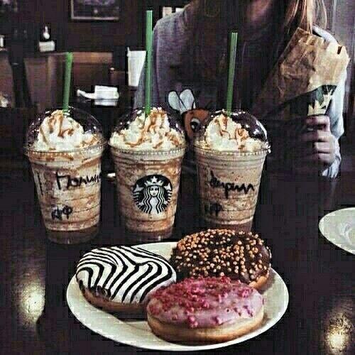 HELLO MONDAY #mondaymood #butfirstcoffee #butfirstdonut #workoffice #friends #love #happens ☕