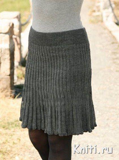 Темно-серая вязаная юбка спицами Вязание спицами, вязание крючком Мир вязания