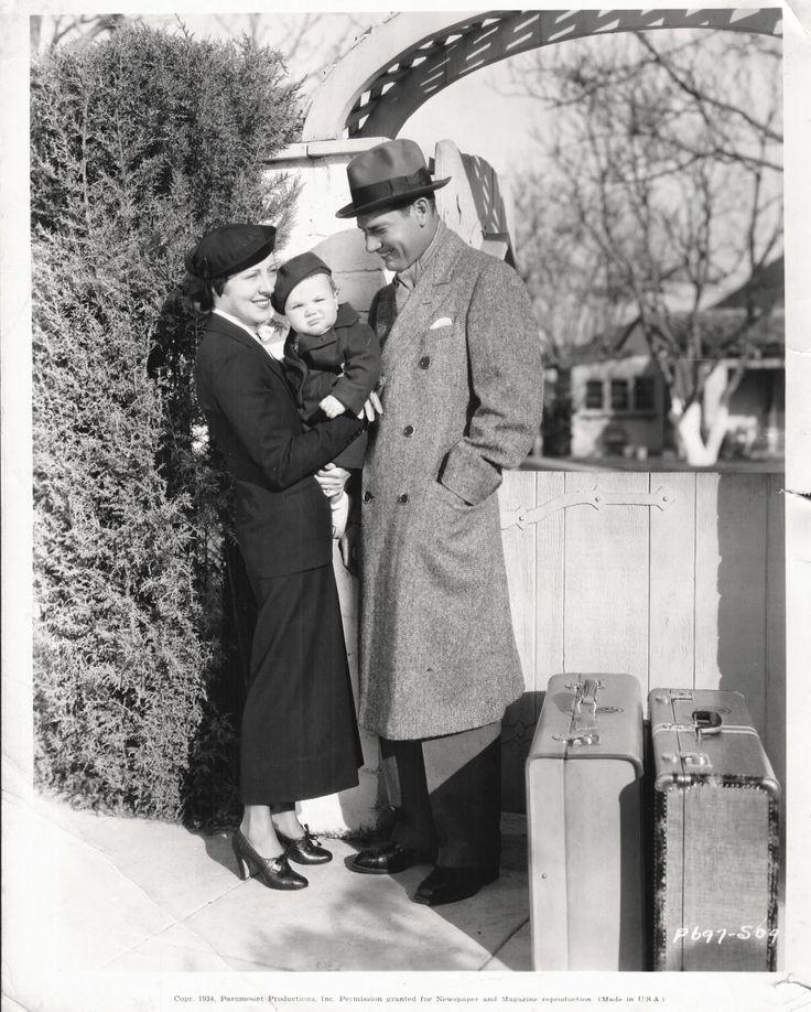 Richard Arlen, Jobyna Ralston, and son