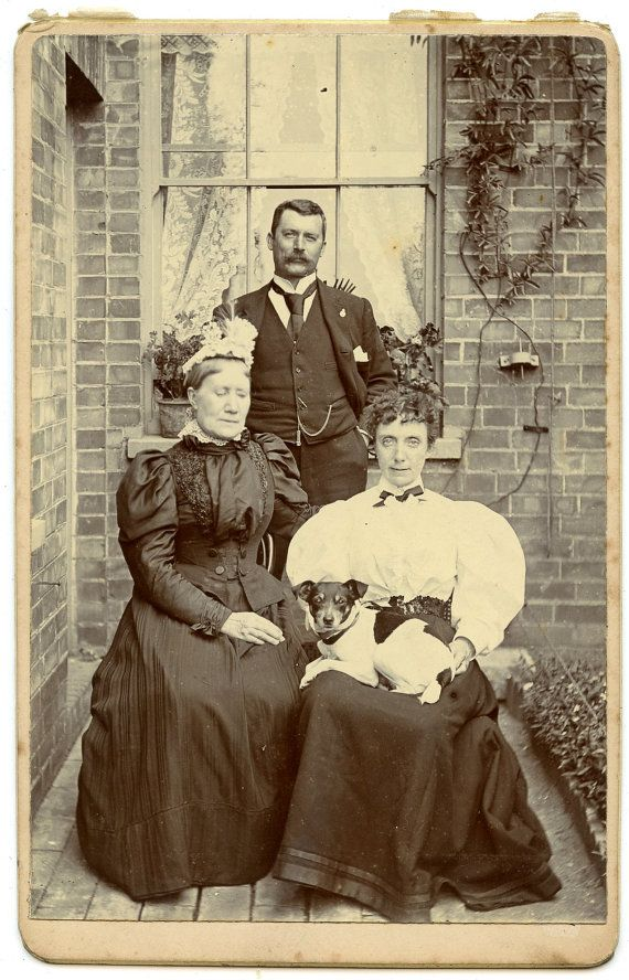 #Jack #Russell #Terrier Victorian Cabinet Card Antique Photo 1880s Family Portrait