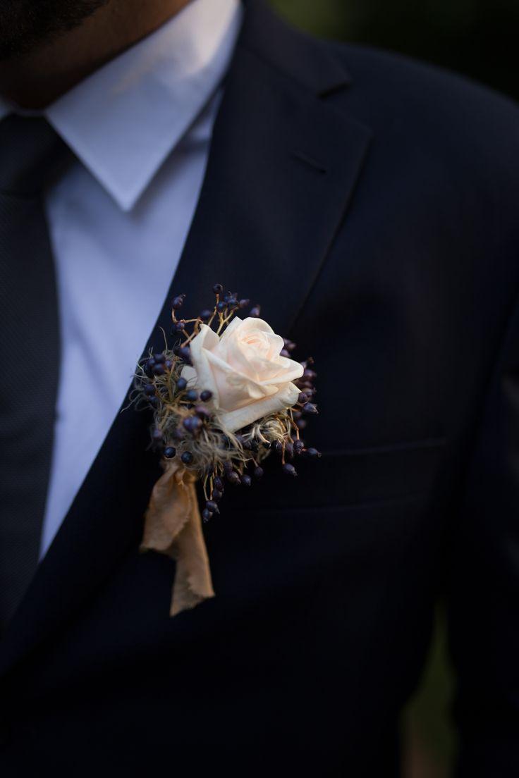 http://jonatanjan.cz, http://www.eventista.cz, http://ejvifreedom.com , #eventista #wedding # #czech #blogger  #boutonniere