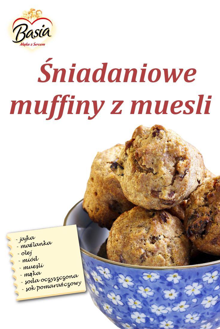 Śniadaniowe muffiny z muesli: http://on.fb.me/1wmtlnY