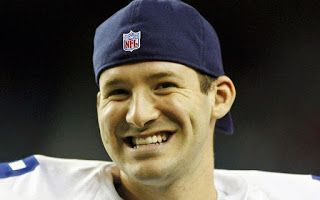 FballJunkieE: Tony Romo's Salary Info