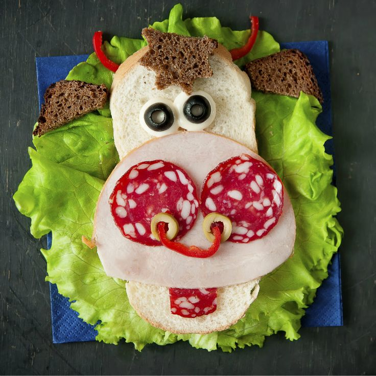 Open-Faced Smiley Cow Sandwiches Recipe